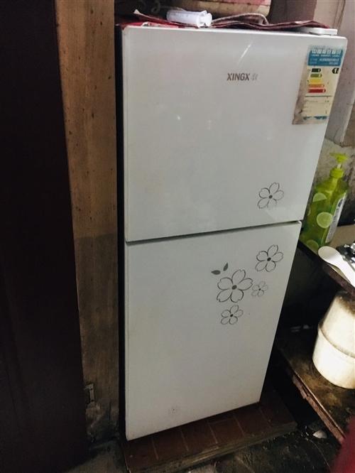 星星冰箱,用了2年時間,現在低價出售45元。