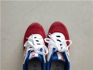 新百伦男鞋 44码 几乎没穿过 一次没有洗刷过  价格100