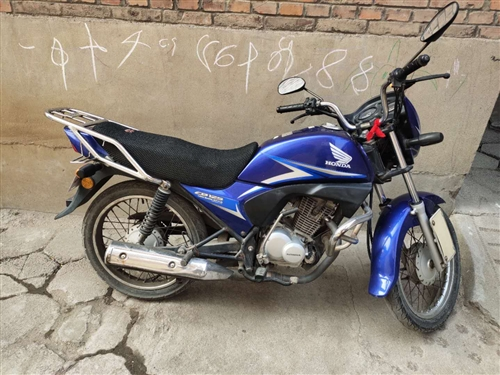 新大洲本田125摩托車  低價出售!