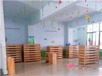 幼儿园设备转让!睡床,置物柜(橡木)桌子,凳子,电视,冰箱