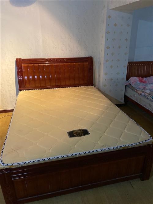 九成新二手床便宜出售