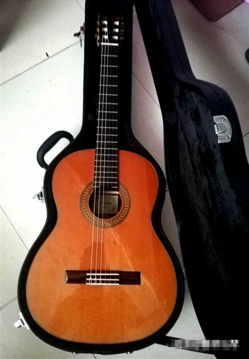吉他,古典吉他,德国莱德里奥,音色手感很好,电箱琴,渔夫拾音器,几乎**,买来两月,配件齐全,送琴盒...