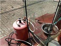 房租到期,洗车机吸尘器泡沫机气泵,所有一起1500低价处理,店里其他小东西看上直接送,开一年店基本都...