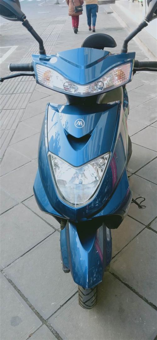 出售二手电动车,爱玛未上牌,今年8月份那个平时没怎么骑,无磕无碰,平时特爱惜因工作调动