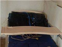自己买的**的理疗床,现在身体好了用不到了,尺寸1×2米的,赠送充气床垫,床在广饶,有需要的请电话咨...