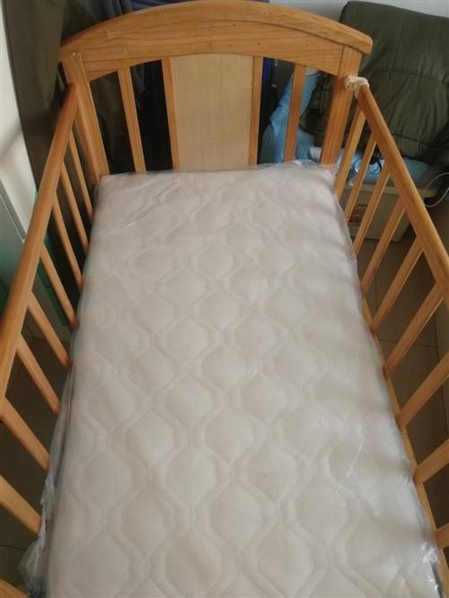 基本没用过,家里没地方放出售幼儿实木床,一百就卖,上门自取。电话微信13674476226
