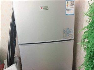 二手志高冰箱�D�,去年夏天���w店800多元�I的,保修,�F半�r�D�。要的�M快�系我!。