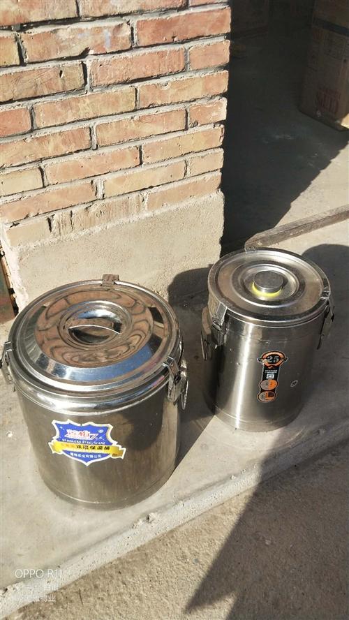 不锈钢保温桶,不锈钢桶,可用于早餐,粥,给钱就卖,同心五羊电动车出售4000不还价