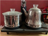 茶艺烧水壶,85新,进水管1米2,自动上水,共4台,打包带走价400包邮,单卖一台一百不包邮