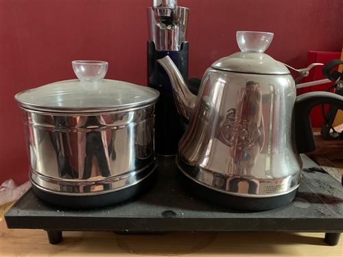 茶藝燒水壺,85新,進水管1米2,自動上水,共4臺,打包帶走價400包郵,單賣一臺一百不包郵