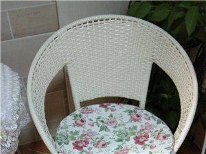 藤椅茶几三件套原价289,7成新,现140元转让