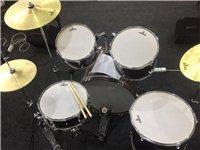 便宜出售一套架子鼓