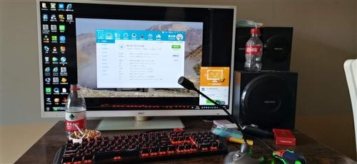出售整套电脑!座椅音响都带!诚心购买可以过来看电脑!