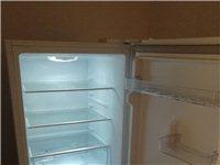 美的双开门冰箱172升