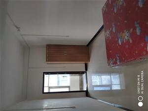 实验高中南一百米1室 0厅 1卫面议